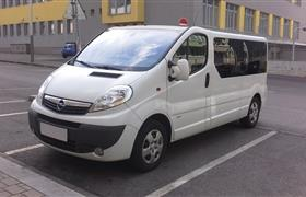 Opel Vivaro Passenger 114hp photo